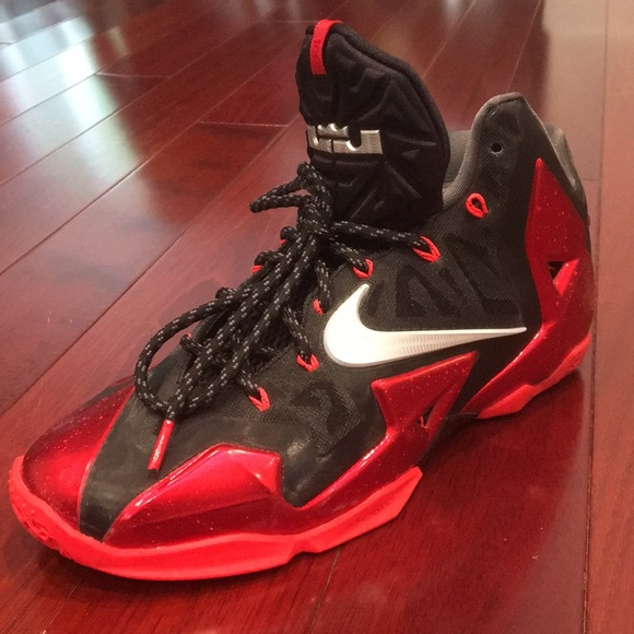536df84b1682 ... authentic nike lebron 11 xi bred away size 9 0c455 317d6